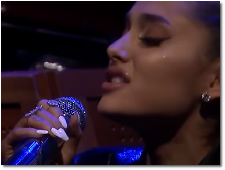 Ariana sings Natural Woman with the Roots (16 Aug 2018)